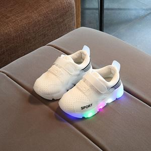 Picture of Fashionable Embroidery LED Light Mesh Sports Shoes