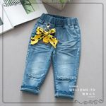 Picture of Girl Stylish Jeans Pants With Bow Jewelry